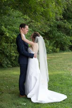 Melissa and Mael's Pierce House Wedding in Lincoln MA on The Boston Bride a Massachusetts Wedding Blog